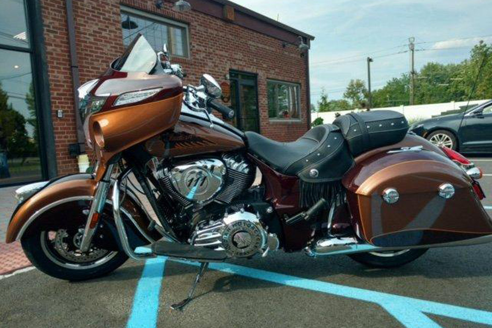 2016 INDIAN CHIEFTAN O Custom Two Tone Paint